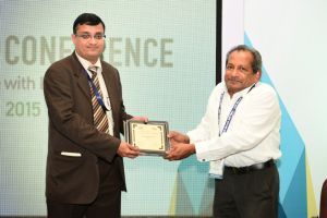 Prasanth Warrier Felicitated by Zach George at NRC Chennai 2015